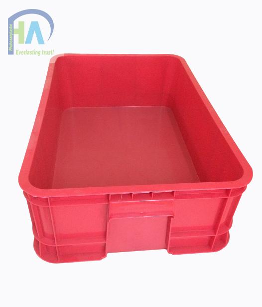 Thùng nhựa đặc B1 màu đỏ chất lượng cao