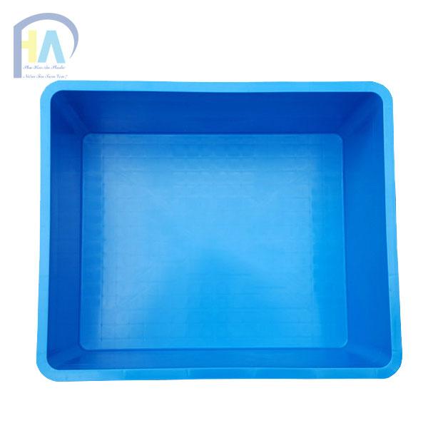 Thùng nhựa đặc B8 chất lượng cao